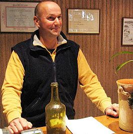 Stéphane in his tasting room ©Brett Jones