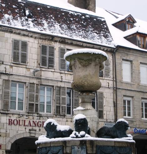 Arbois Place Centrale